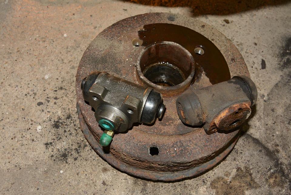 Wymiana cylinder hamulec bębnowy