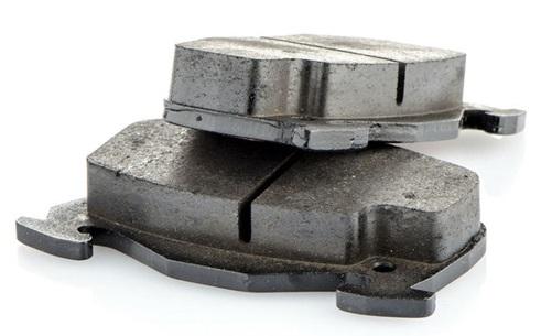 Ceramiczne VS Metaliczne klocki hamulcowe