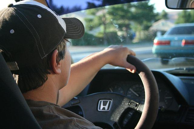 Wspomaganie kierownicy samochodowej