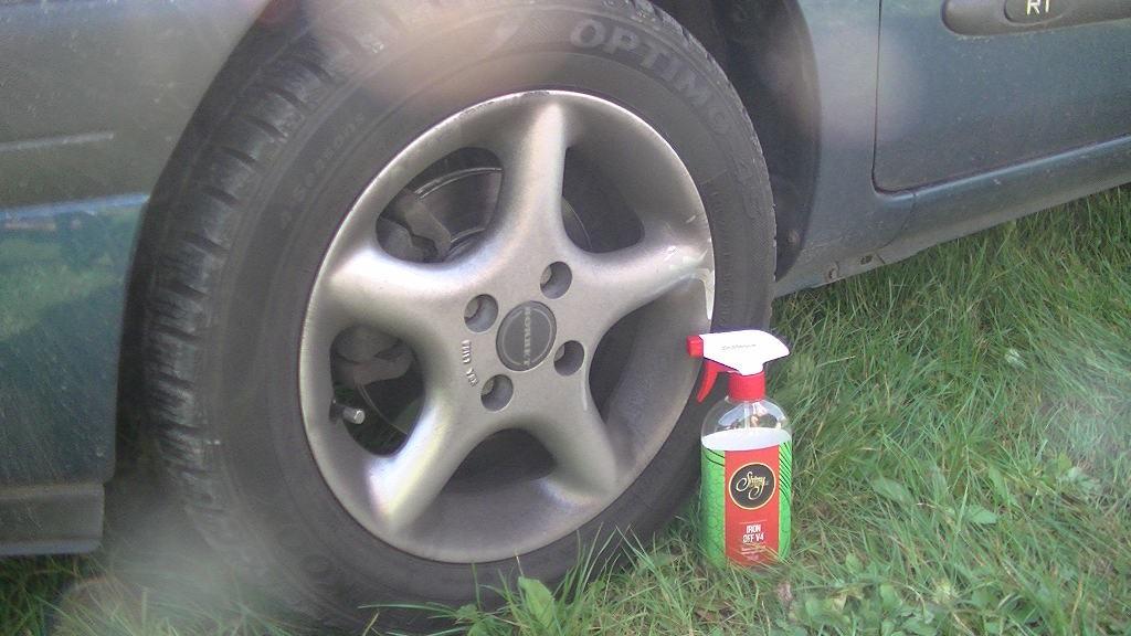 Test preparatów do czyszczenia alufelg samochodowych