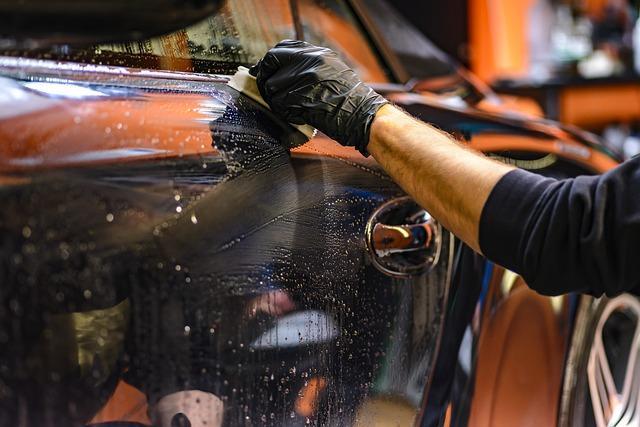 Glinkowanie lakieru samochodowego
